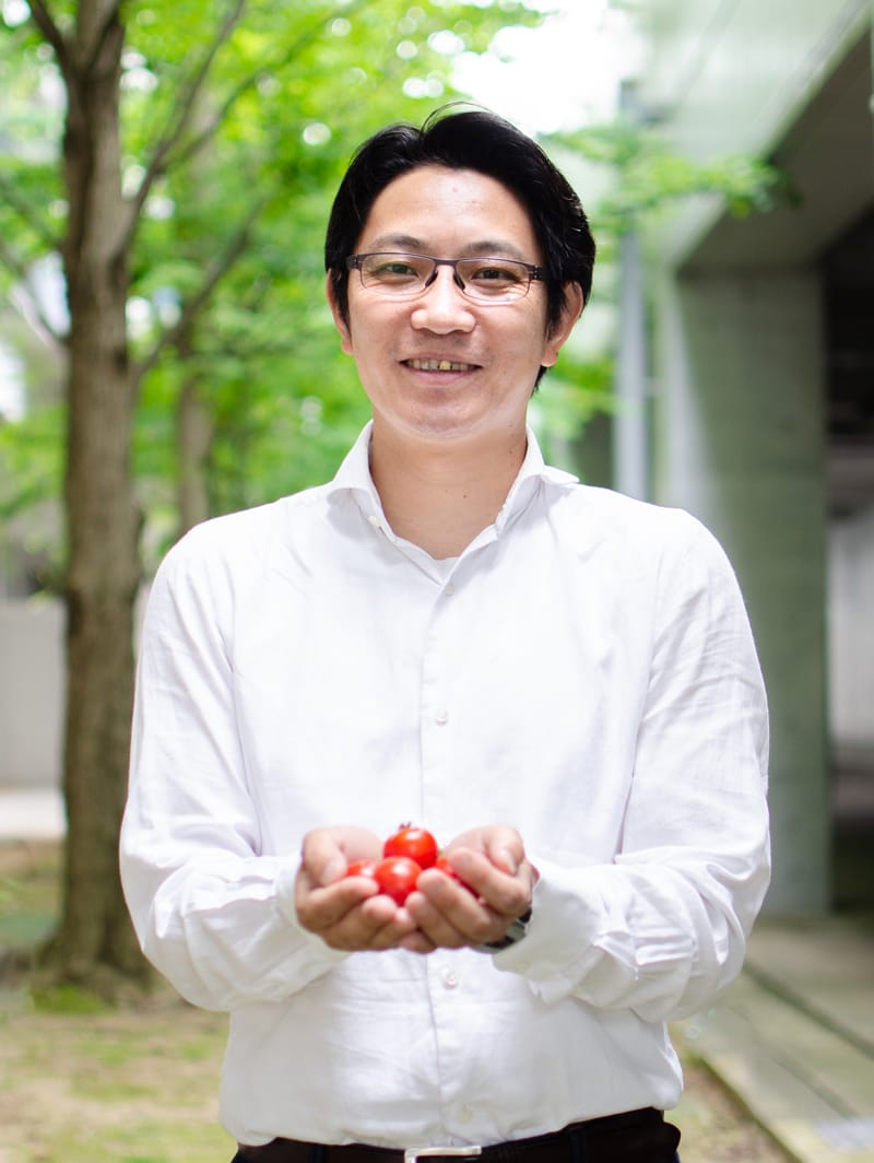Photo: Makoto Miyachi